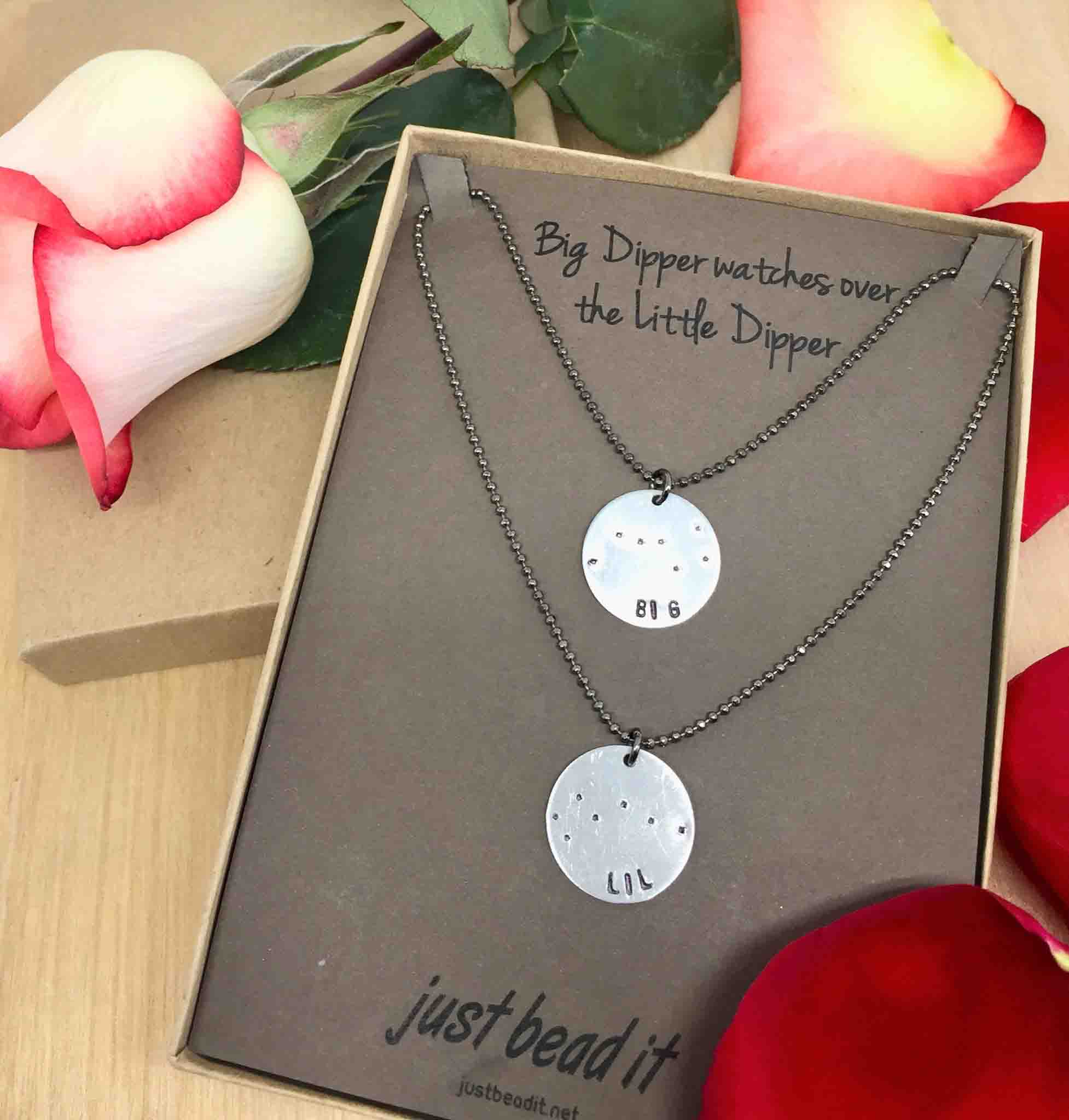 Little Dipper Sisters Big Dipper Hand-Painted Ursa Major Mother Daughter Jewelry Ursa Minor Constellation Locket Necklace Set